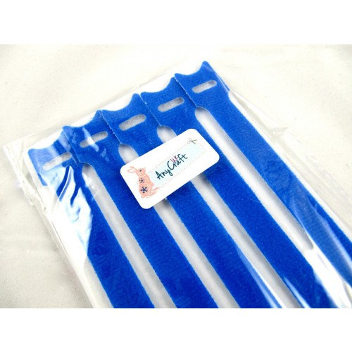 pack-of-blue-cable-ties